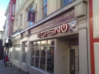 Vip casino host salary